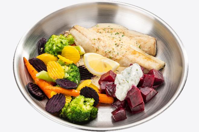 Філе Сібаса з овочами, буряком, соусом порц.