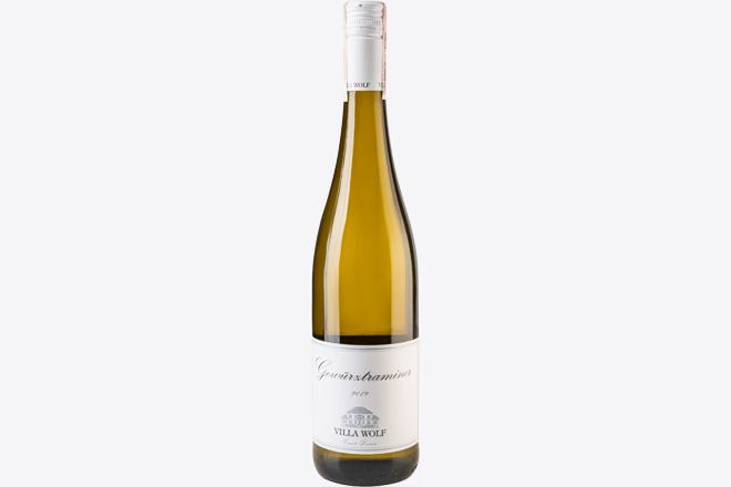 Вино напівсолодке біле Gewurztraminer Villa Wolf