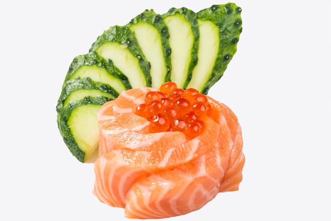 Сашімі з лососем100г/гарнір45г