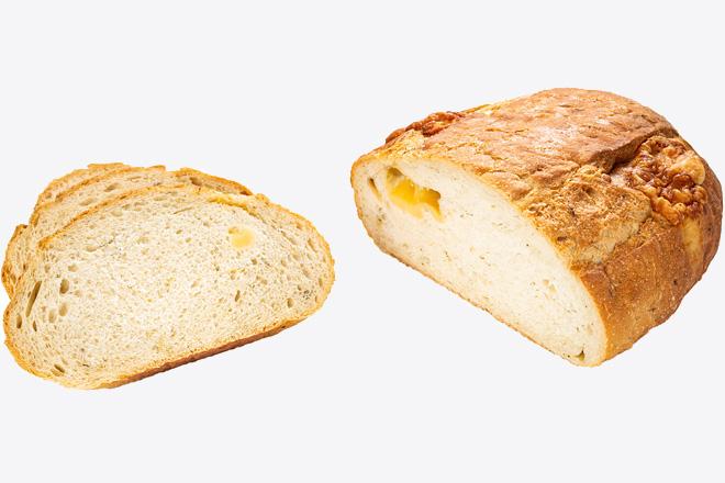 Хліб з цибулею та сиром