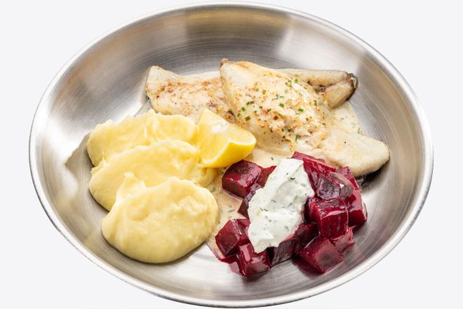 Фото Страва Філе Дорадо з картопляним пюре, буряком та соусом